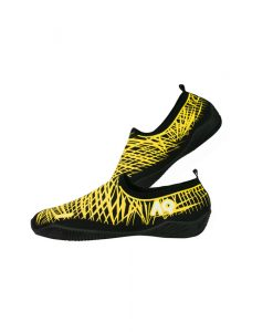 faas-04-aqurun-aqua-shoes-basic-blackyellow_s